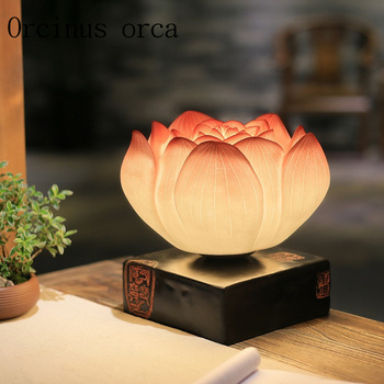 Creative new Chinese art RETRO lotus living room lamp bedside table bedroom warm decorative lamp free shipping