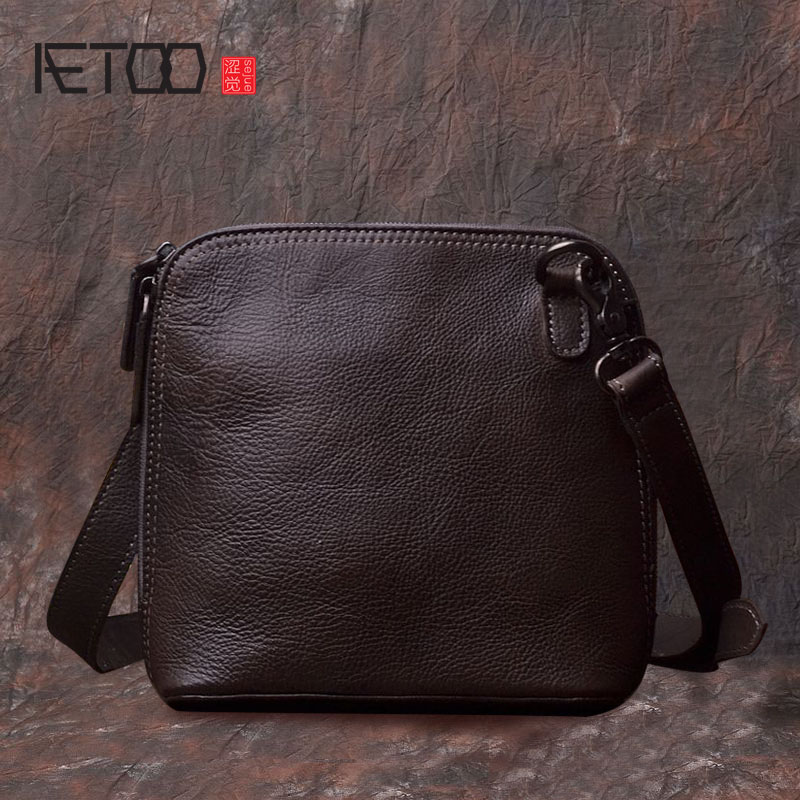 AETOO Original retro handmade leather men and women package art nostalgic planted tanned leather scouring the first layer of lea the skm500ga124dh6 package on the original disassemble