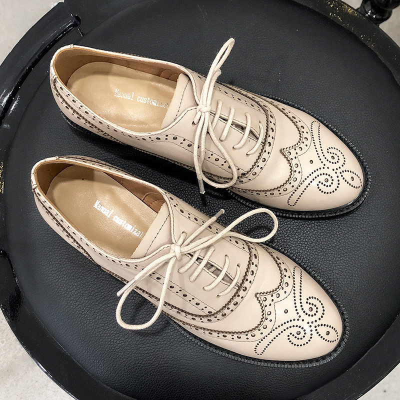 Style Flats tan Flats Cuir Beige black Derbies 2019 Dentelle Up Flats De Main Femmes Fait Robe Collège Évider Chaussures Fleur Vache Haute Qualité Appartements Britannique En K1cTl3FJ
