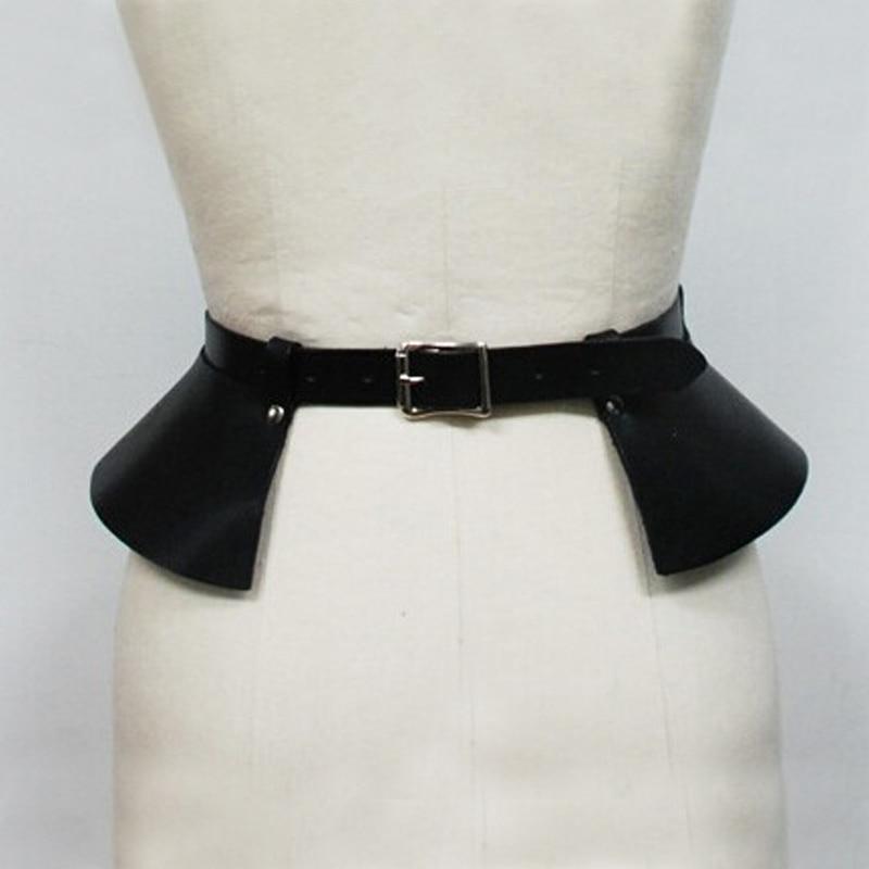 Украшение на поясе юбки