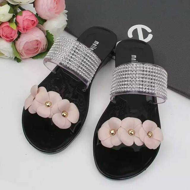 27dcbe451e0bf2 2018 Camellia jelly sandals women summer waterproof flowers plastic sandals  beach sandals crystal sandals women flat shoes