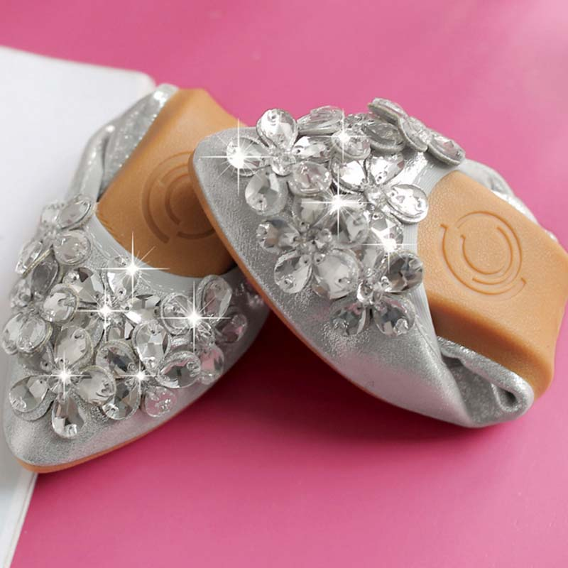 Spring And Autumn 2017 Fashion Rhinestone Loafers Women Crystal Egg Rolls Shoes Soft Casual Flat Women Flats Dancing Single Shoe siketu sweet bowknot flat shoes soft bottom casual shallow mouth purple pink suede flats slip on loafers for women size 35 40