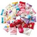 Frete grátis (12 pares/lote) 100% meias de algodão Do Bebê meninos meninas slip-resistente de borracha meias chão dos desenhos animados para crianças meias 12 CM-14 CM