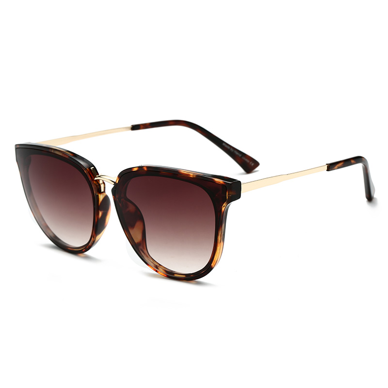 71fd9487a76 Detail Feedback Questions about Gradient Color Sunglasses Women Popular Brand  Designer Retro Men Summer Style Sun Glasses Colorful Coating Shades Pink  Color ...