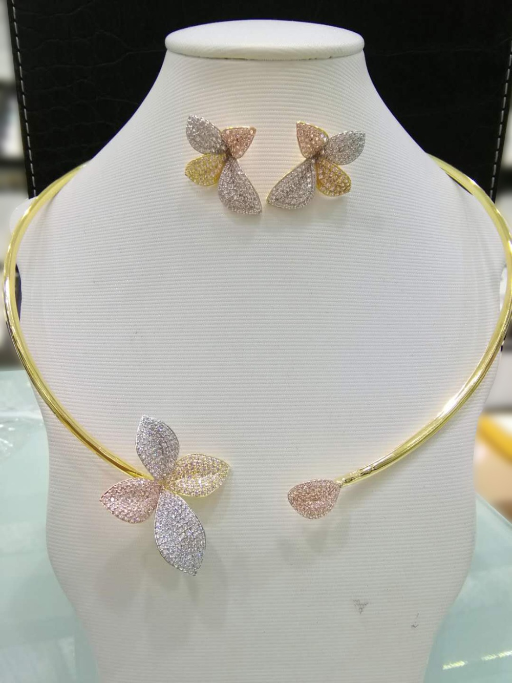 GODKI Big Super Luxury Floral Flower Women Wedding Cubic Zirconia Choker Necklace Earring Dubai Jewelry Set Jewellery Addict rhinestoned floral wide choker