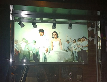 Fast Free Shipping!1.524m * 0.6m white holographic rear projection screen for shop window display (On sale!)