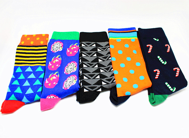 2019 NEW Cartoon Triangle Dotted Happy Socks Men Socks Dragon Fruit Knee-High Socks Colorful Personality Funny Crew Socks