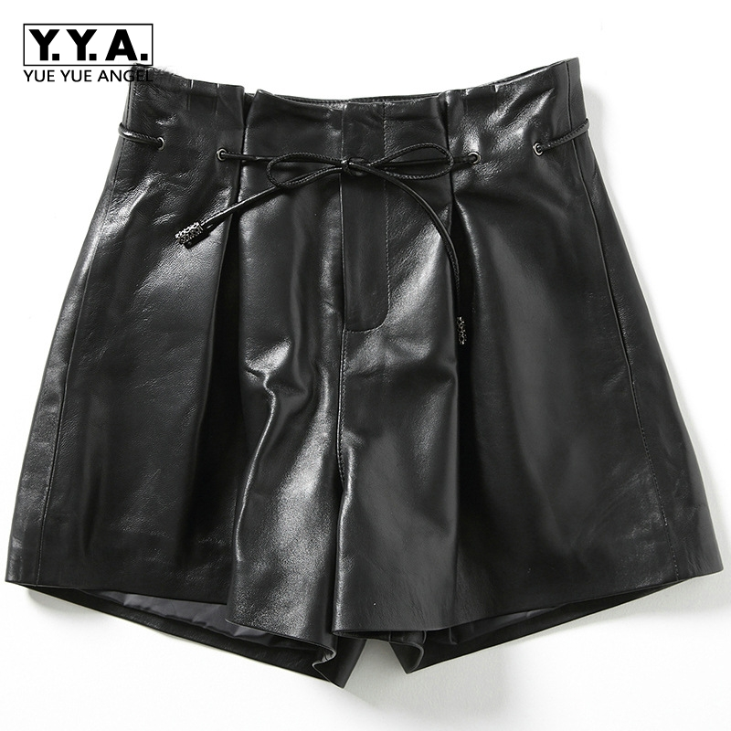 2019 neue Mode Frauen Sexy Schwarz Aus Echtem Leder Schaffell Shorts Schnüren Schlanke Hohe Qualität Weibliche Gerade Shorts Röcke 3XL
