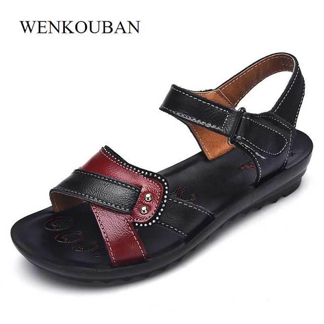 Женские сандалии из натуральной кожи на плоской подошве, летние шлепанцы на липучке, пляжная обувь, модные красные сандалии