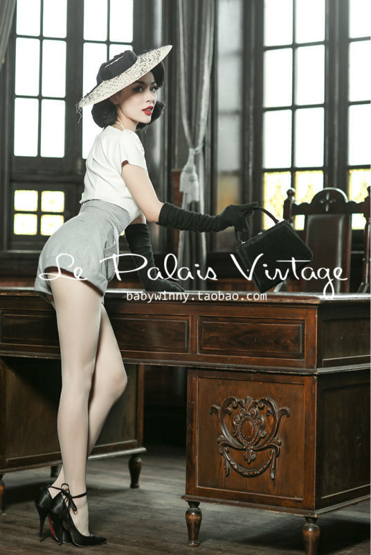 Le Palais Vintage Limited elegant retro classic tall waist A word profile all match woollen shorts