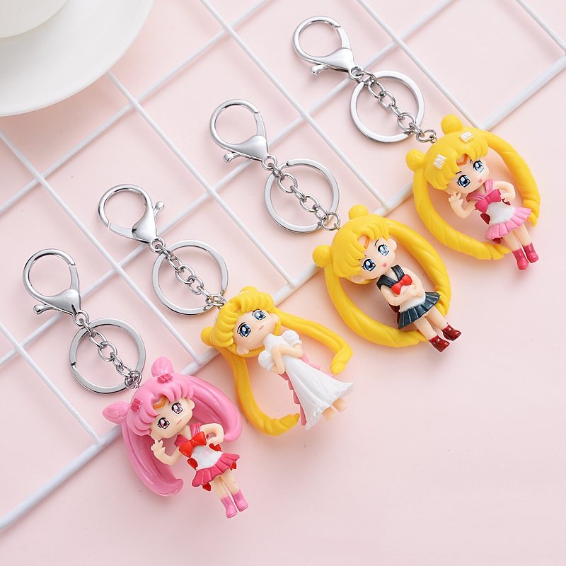 new 100 pcs lot Sailor Moon Keychain Pendants Tsukino Usagi Sailor Figure Toys Model Doll for