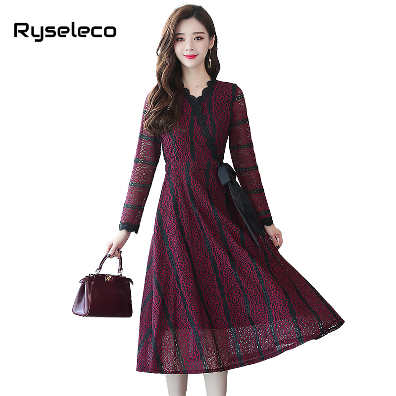 Women Chic Lace Dress 2018 Autumn Winter Female A-line Casual England Style  V-neck Work Embroidery Women Party Long Maxi Dresses 2539d8f72