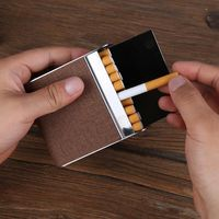 Leather cigarette case (hold 20 pcs) with magnetic clasp Metal cigarettes box cigarette clip smoking products for man