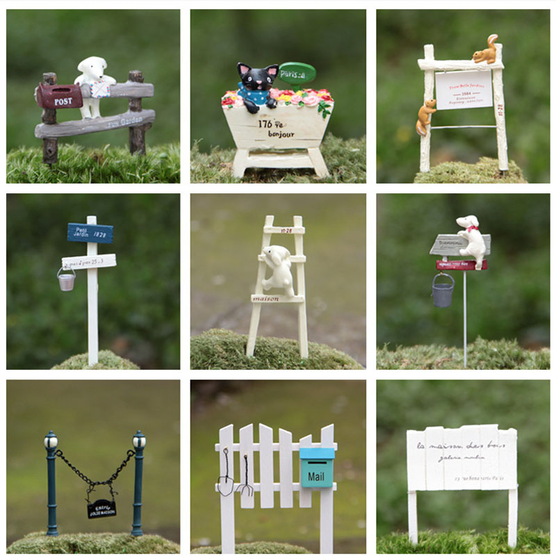 Buy dog climbing signpost animal for Home garden accessories