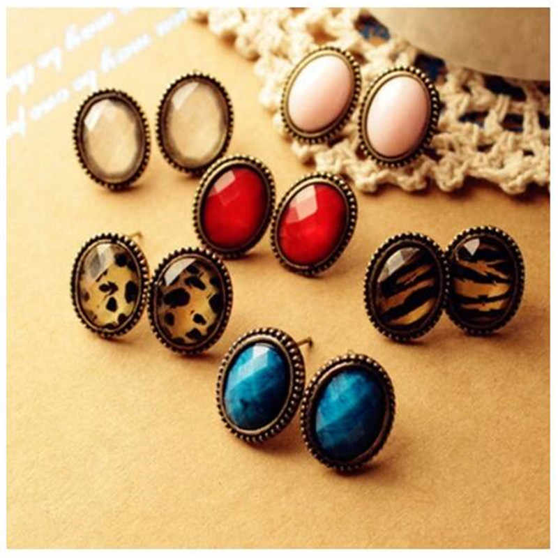 cheap 2019 New jewelry wholesale Style Vintage Colorful Gem Noble Alloy cute Stud Earrings for women girl Free shipping