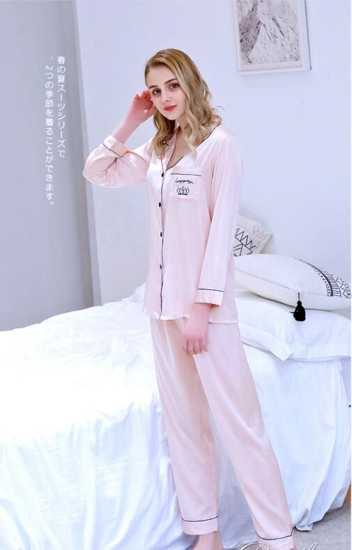 Women's Sleepwear Embroidered Ice Thin Silk Lady's Pajama Sets 2 Pcs Set Nightgown Long Sleeve Leisure Homewear Nightwear J079