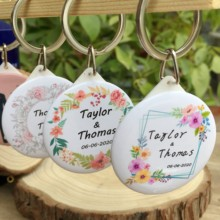 popular personalized souvenirs buy
