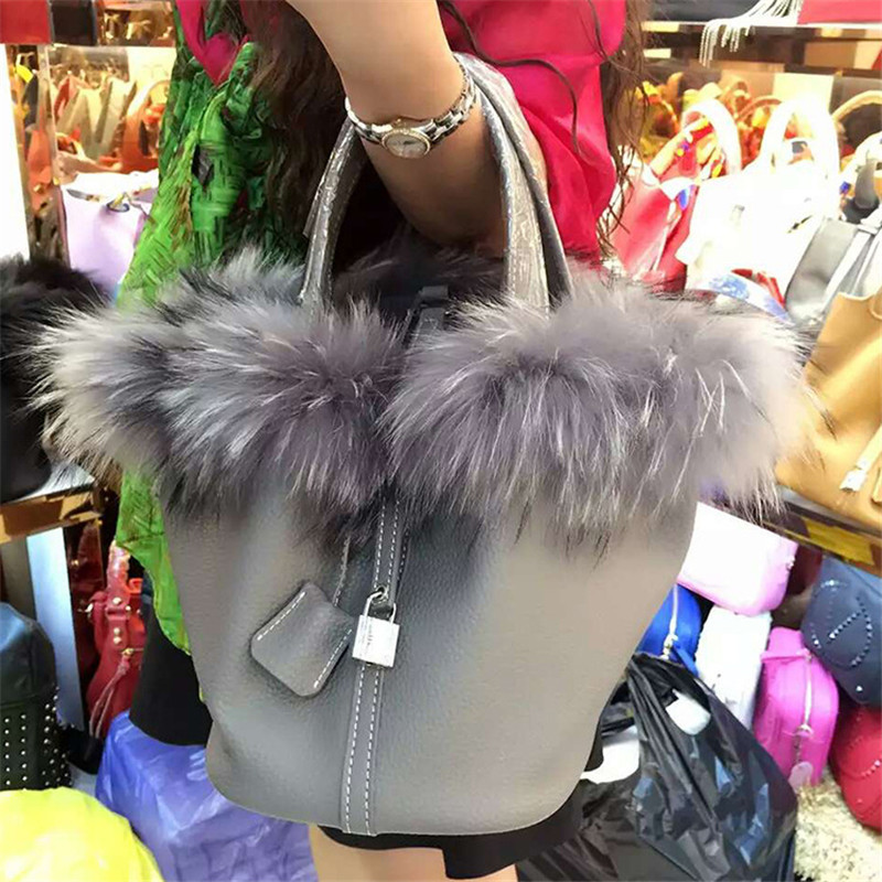 High-End Ladies Real Fox Fur Bucket Bag Women Tote Bags Genuine Leather Design Shoulder Bag Litchi Texture Lock Cowhide Handbag ellacey women bucket bags fox fur genuine leather handbags fur women bag socialite basket real leather small christmas tote bag
