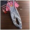 Marca Bib dos homens Calças de Brim 2016 New Casual Bolsos Frontais Luz Azul Denim Macacão Macacões Suspensórios Masculinos Calça Jeans Boyfriend