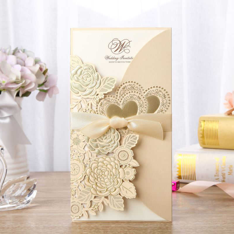50pcs Gold Laser Cut Wedding Invitations Card Rose Heart Greeting Cards Customize Envelopes with Ribbon Wedding Party Supplies