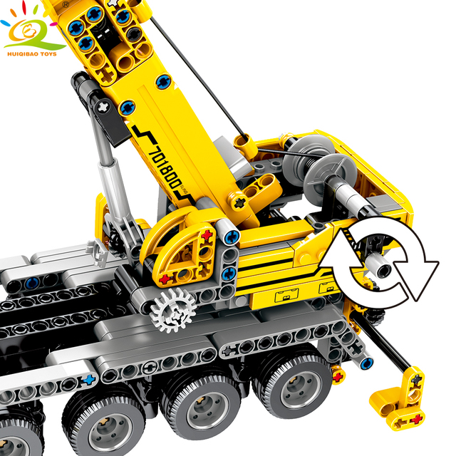 HUIQIBAO 665pcs Technic Engineering Lifting Crane Building Blocks Technic truck car city Construction Brick Toys For children