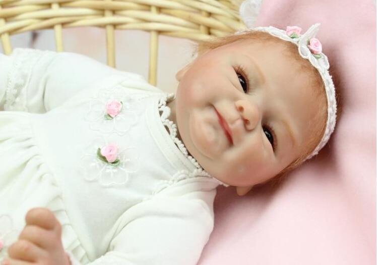 Nouveau 40 cm belle Silicone Reborn bébé poupée jouet anniversaire cadeau de noël pour enfant enfant fille Brinquedos corps doux bébé Reborn-in Poupées from Jeux et loisirs    1