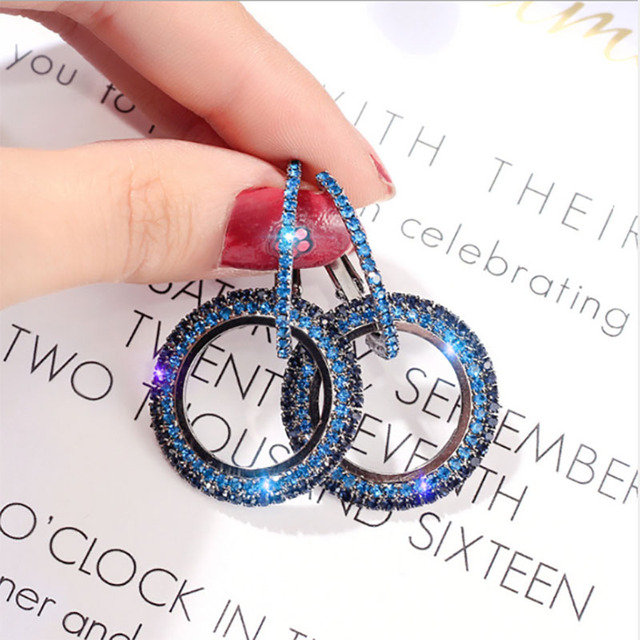 high-grade elegant  round Gold and silver crystal earrings