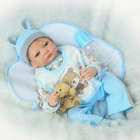 Nicery 22 inch 55 cm Bebe Reborn Bambola In Silicone Morbido Della Ragazza del Ragazzo Giocattolo Reborn Baby Doll Regalo per I Bambini Presenti Grigio Cane Baby Doll