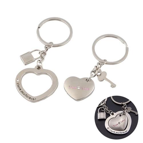 Anel Chave do carro 1 Par Amantes Fechamento Do Coração Chaveiro Chaveiro  Keyfob Presente Dos Namorados Casal em Chave Anéis de Automóveis   Motos no  ... 8efb14946a