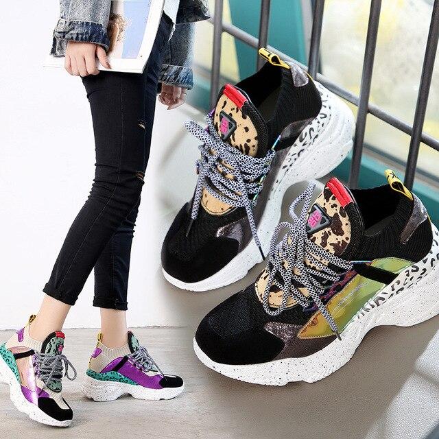 2019 printemps nouveau femmes chaussures en cuir de couleur correspondant plate-forme casual chaussures ..