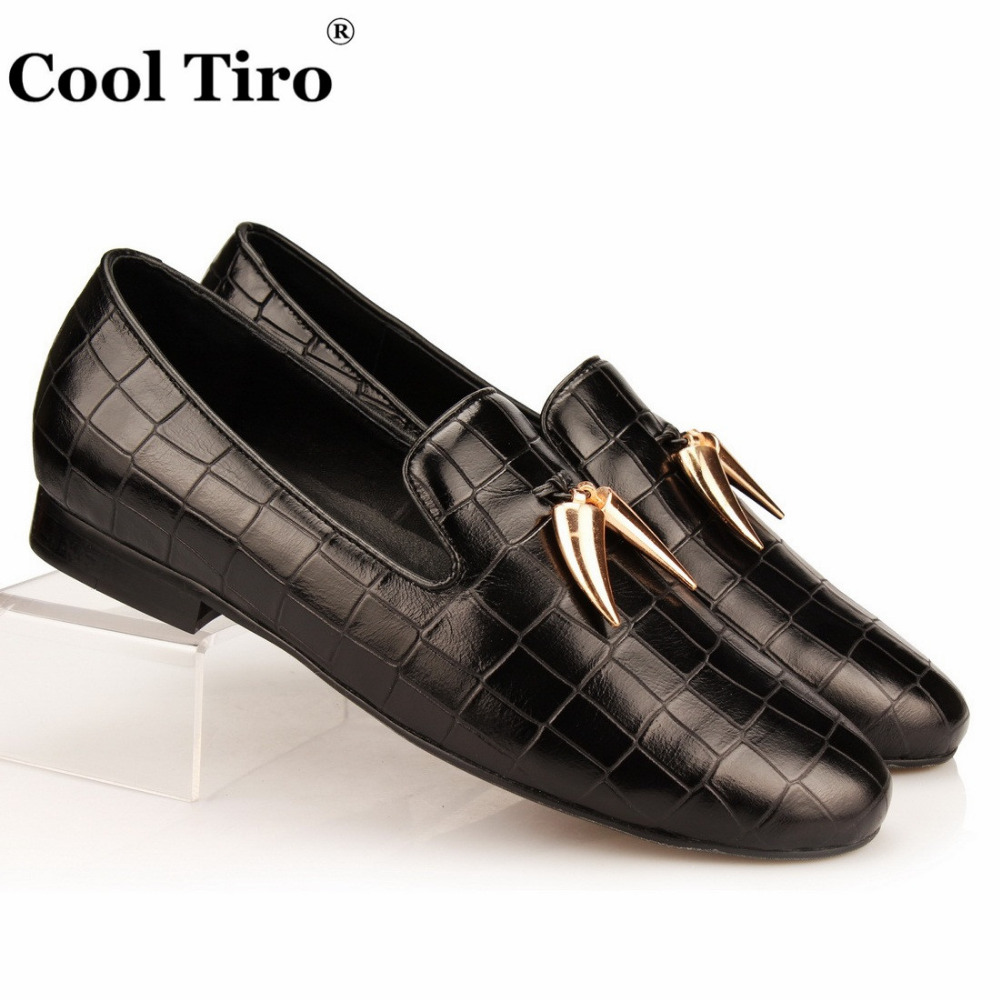 2017 Wholesale Mens Black Shoes Leather Italy Men Flat Style Casual Special Pattern Loafter Prom Wedding Dress Slip-on Shoes Formal Shoes