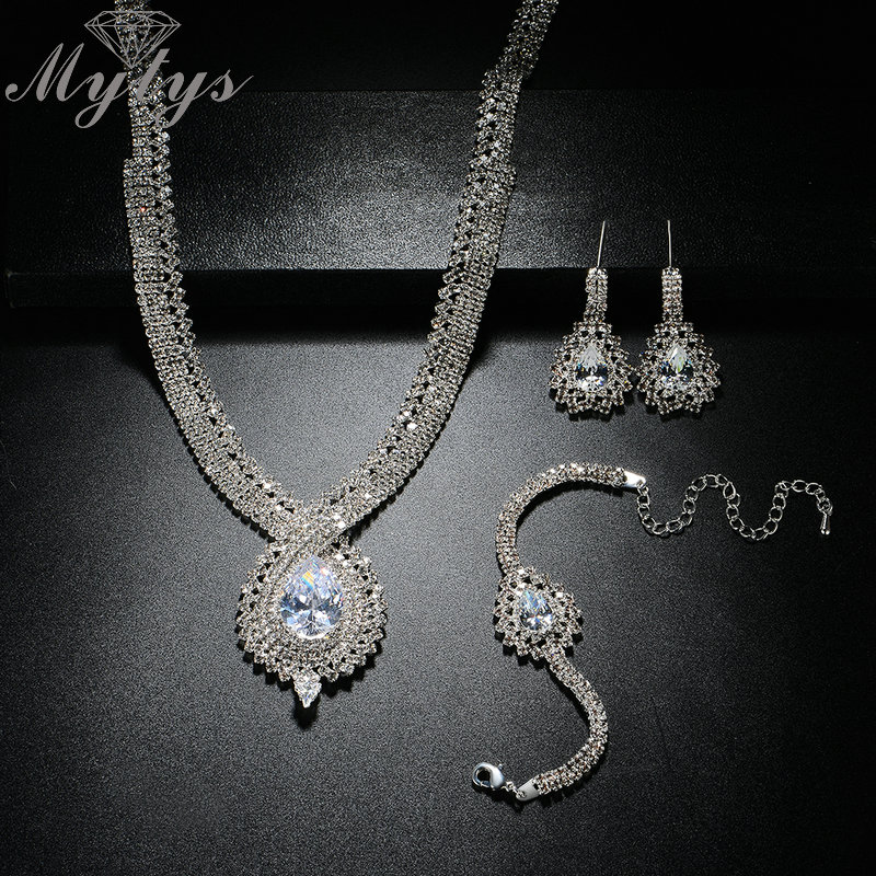 Mytys Gorgeous Jewelry Sets for Women Weeding Bridal Party Jewelry Accessory Sparkling Silver Color Crystal Sets CN326