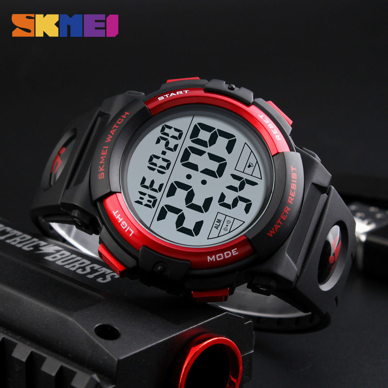 2017 Sports Watches Mens Outdoor Fashion Digital Watch Multifunction Waterproof Wristwatches Man Relogio Masculino SKMEI New