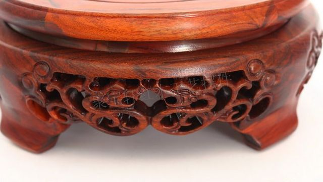 Rosewood escultura artigos de decoração casa agir o papel ofing é provado de Buddha casa artesanato em madeira maciça base circular