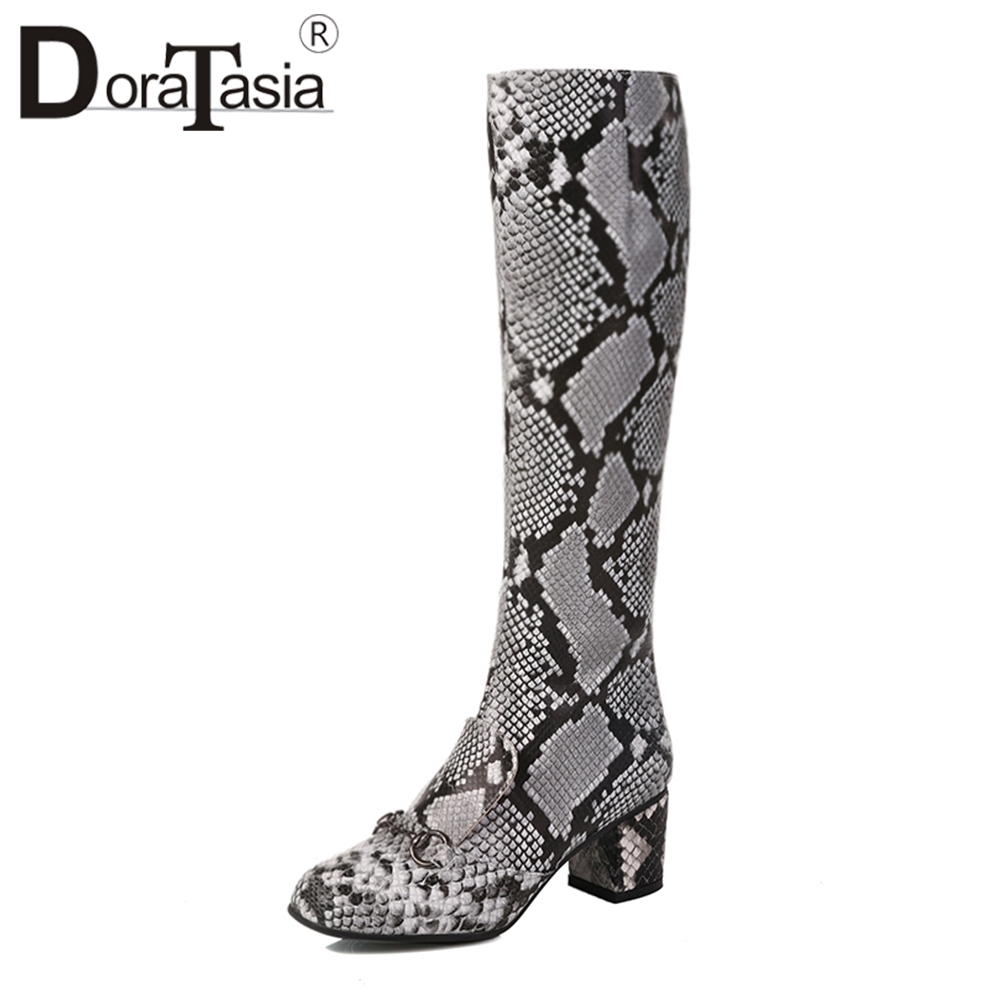 DoraTasia 34-43 Large Size Square Toe 5.5cm Med Square Heels Zip Mixed Color mid-calf Zip Boots For Ladies 2018 zip