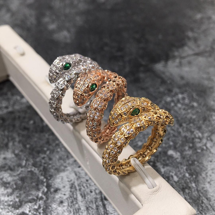 Hot sell New trendy top quality CZ stones drill sunshine snake love wedding ring for women party Middle East Europen UAS jewelry цены онлайн