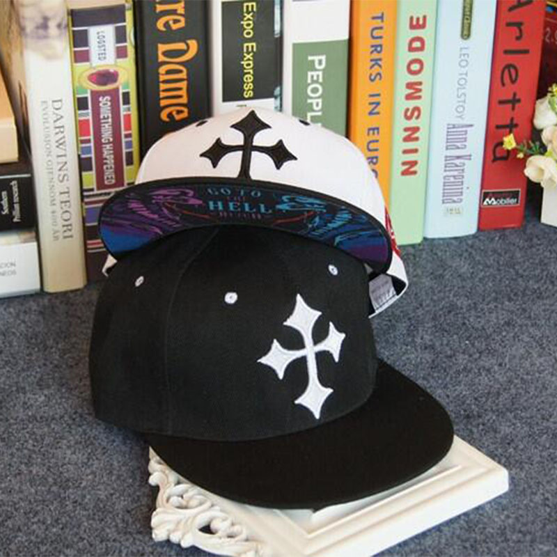 2015 New Brand Street Dance Cool Hip Hop Caps Embroidery Black White Cross  Snapback Snap Back 20f4ad4098dc