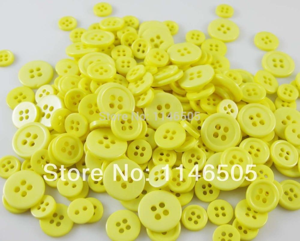 e061bc363 Resina botones para botones artesanales mixta tamaños Candy color ropa de costura  accesorios scrapbooking 4 agujeros 200 unids/lote