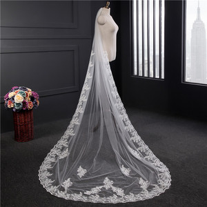 Image 2 - Lace Appliques Top Grass 3*1.5M Long Tail One Layer Lace Edge Long Train Beautiful Bridal Veil For Wedding Dress
