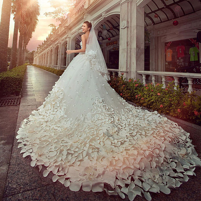 Hot Sale Luxury Soft Tulle Hand Made Flower Wedding Dress Sweetheart Beads Crystal Royal Train Charming