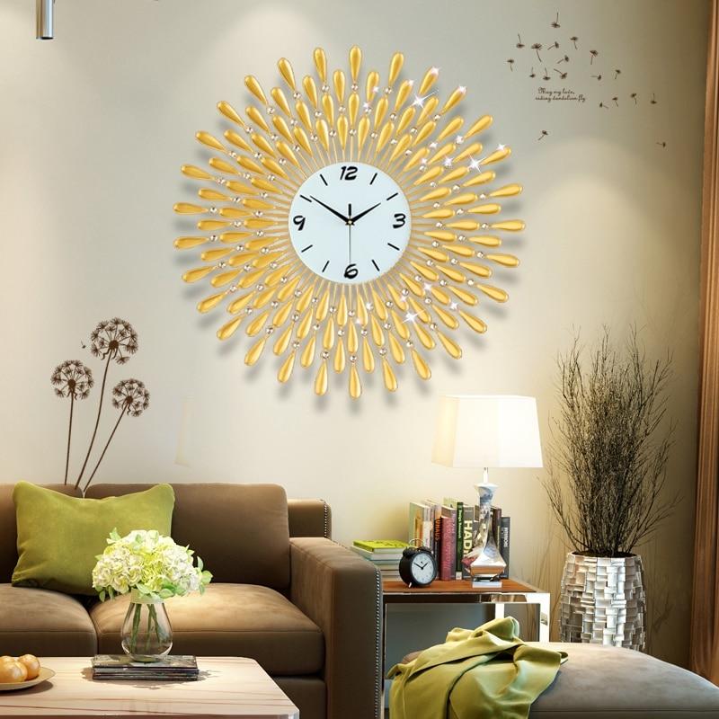 3D Wall Clock Big Wall Watches Living Room 43pcs Diamonds Decorative Wrought Iron Silent Modern Design Clock 60-70CM Gold