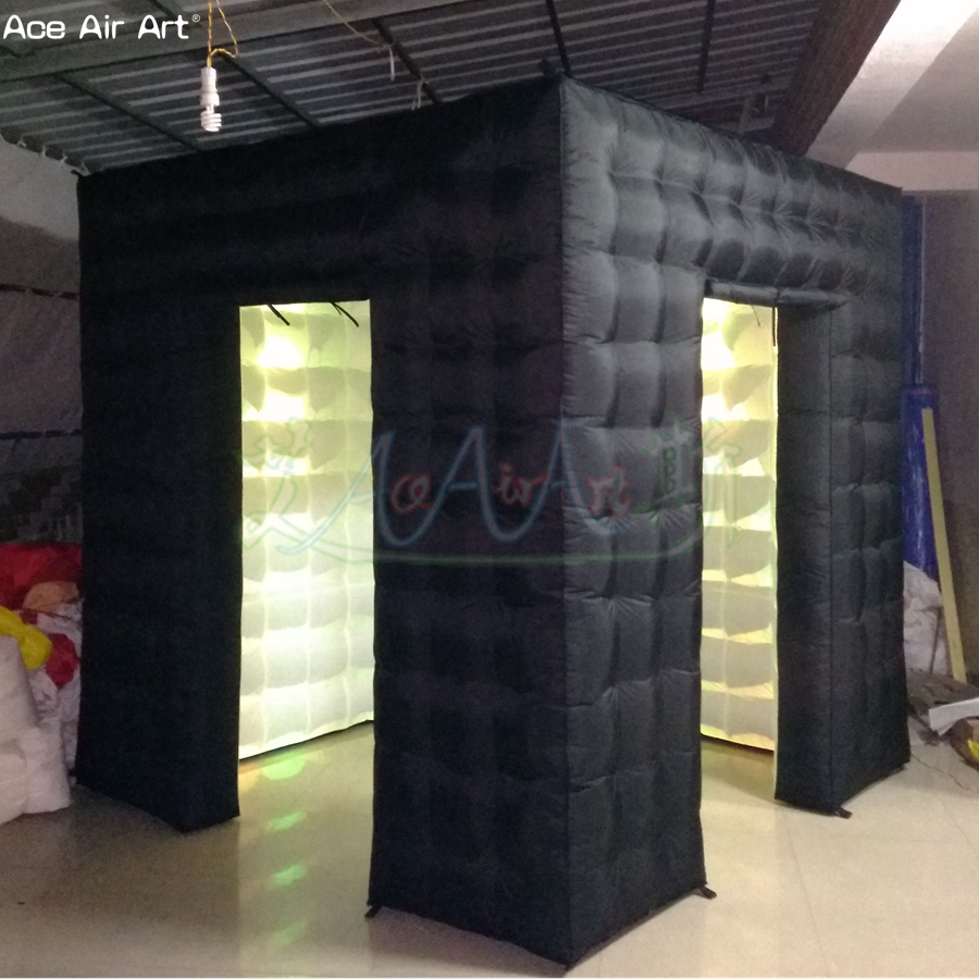 2.4 m logo blanc libre à l'intérieur de la cabine de photo gonflable, auvents de cube de station de photo avec l'éclairage mené sur la remise pour la pologne - 2
