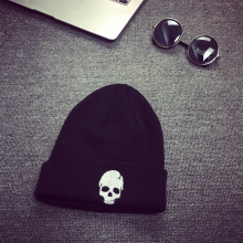 Men Women Skull Knitted Beanies Unisex Famous Brand Skiing Warm Winter Knitting Skating Cap Hat Ski Cap Snowboard Skullies A217