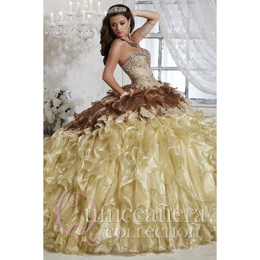 Quince Dresses and Masquerade Mask