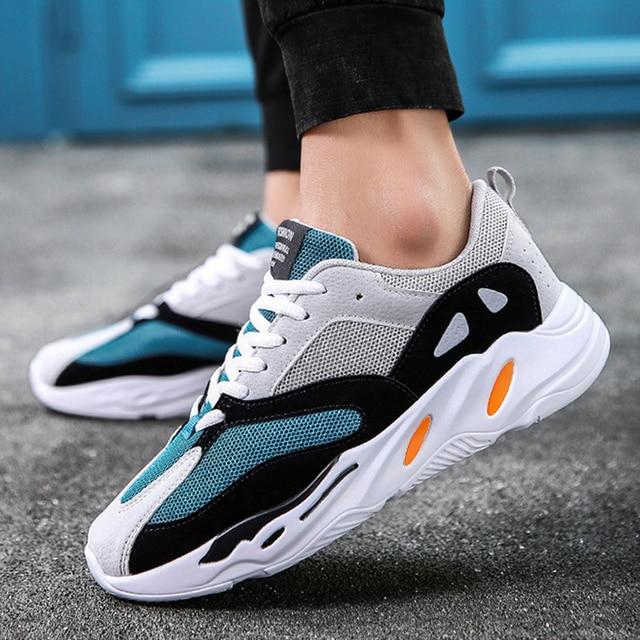 LAKESHI Мужская обувь 2019 Kanye Fashion West сетчатая легкая дышащая мужская повседневная обувь мужские кроссовки zapatos hombre Вулканизированная обувь