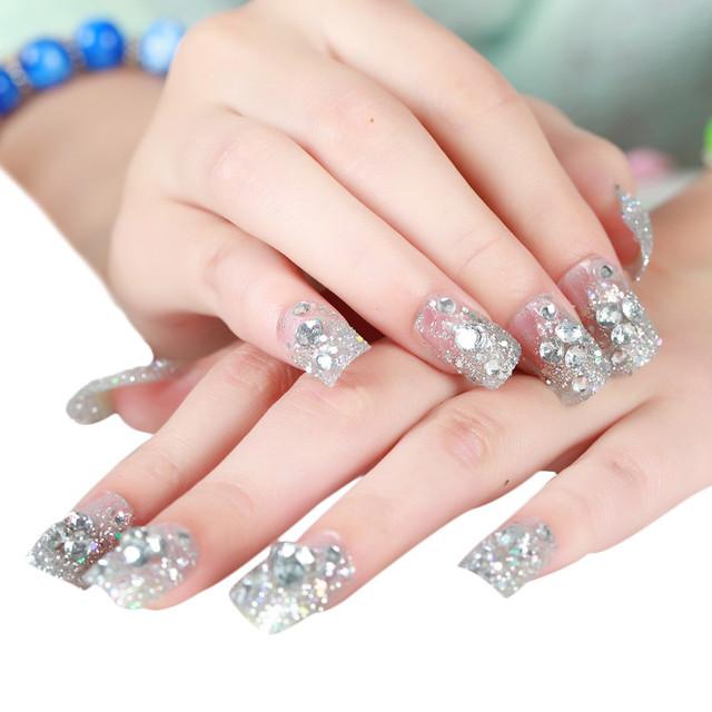 Glitter Chrome Nail Art Manicure