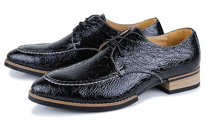 blue Black brown Oxfords Masculinos Vintage Padrão Homens Pontas De Pé Dedo Do Couro Moda Bullock Teste Dos Britânico Casual Confortáveis Alta Sapatos Qualidade wqFA1RwxBn