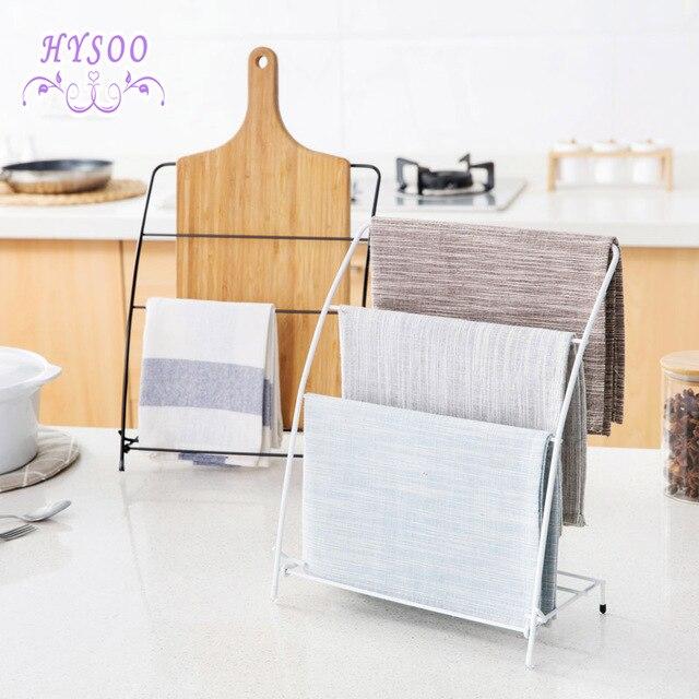 Mesa de la cocina toallitas toalla colgando bastidores bastidores ...