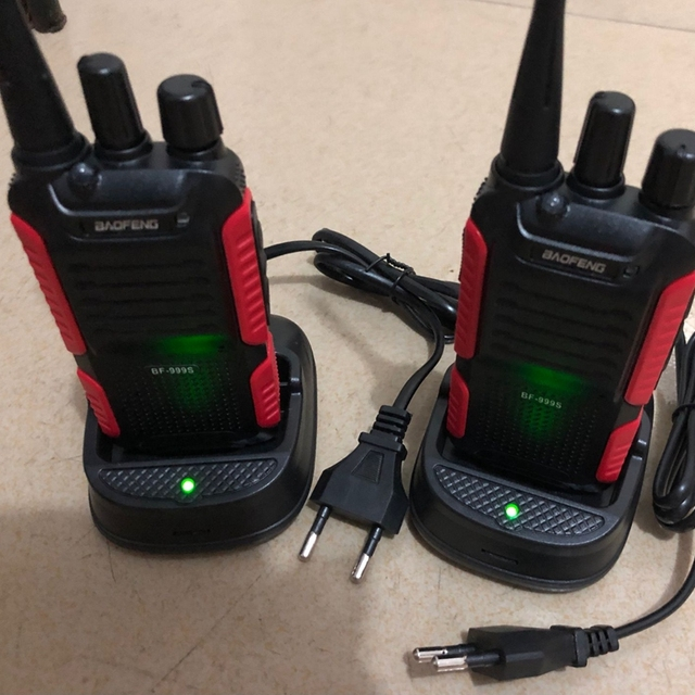 2pcs Baofeng BF 999S Walkie talkie UHF 400 470mhz 16CH 1800mAh LI ion battery two way radio with accessories