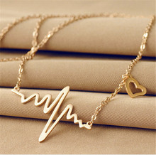 ECG Necklace Love Heart Shaped Titanium Steel Heartbeat Pendant Clavicle Chain Color Gold Jewelry